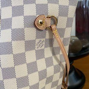 Louis Vuitton Bags - Louis Vuitton Neverfull MM Damier Azur NEW
